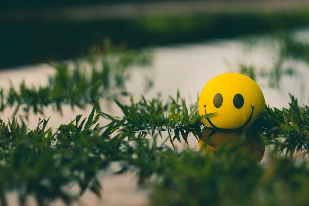 Smiley visage souriant. | Source : Unsplash