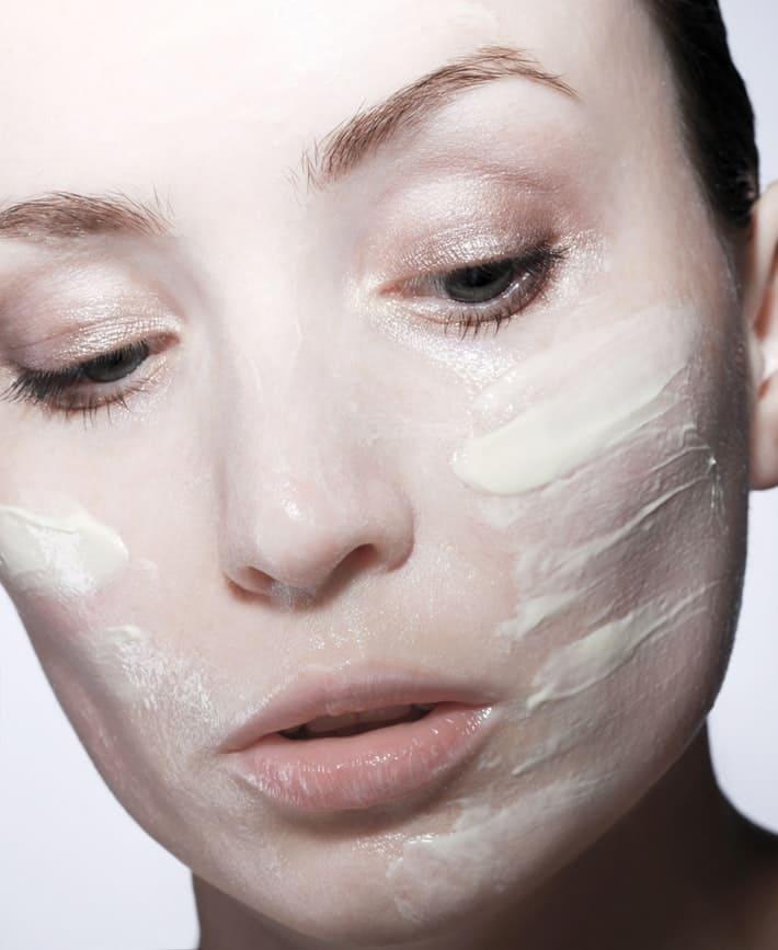 Crème pour visage . | Source : Unsplash