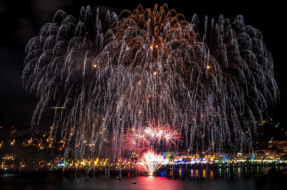 Feux d'artifice 14 juillet. | Source : Unsplash